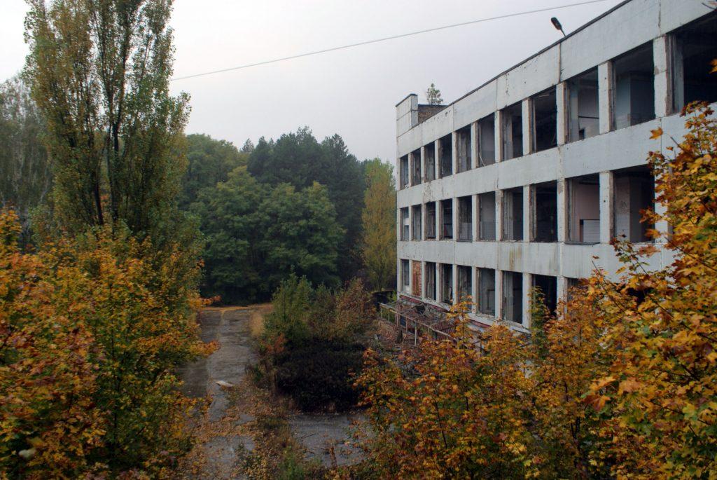 Zdjęcie wykonane z przełączniki łączącej dwa budynki zakładów / Fot. Tomasz Róg