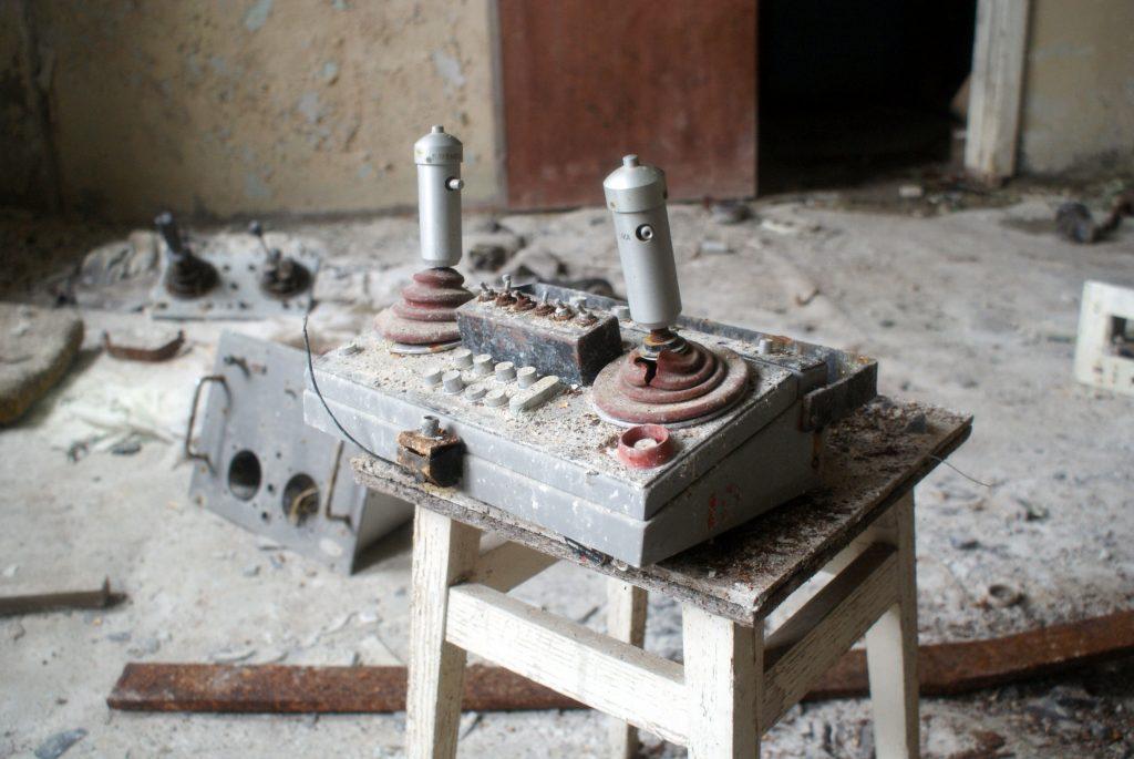 Manipulator do zdalnego sterowania np. suwnicą / Fot. Tomasz Róg