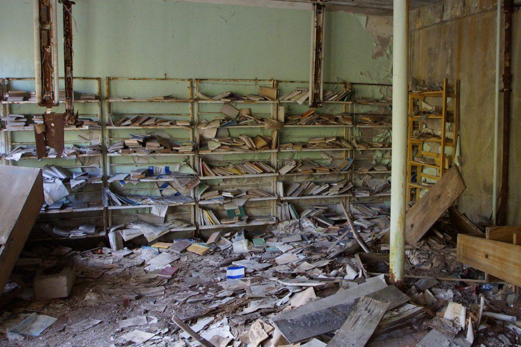 Biblioteka szkoły nr 2 / Fot. Sebastian Marciak, marciak.pl