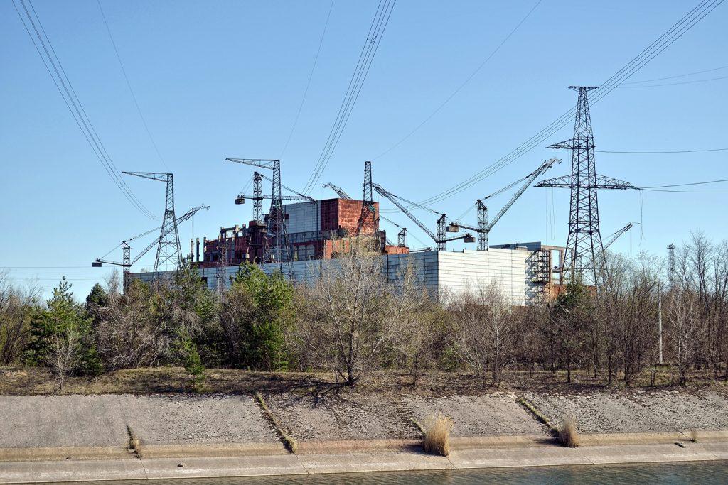 Nieukończone bloki reaktorów nr 5 i 6. Fot. Andrzej Bryśkiewicz
