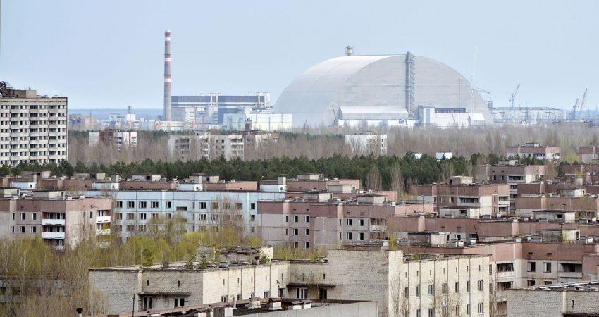 Widok na elektrownię z dachu zakładów Jupiter. Fot. Karolina Prusińska