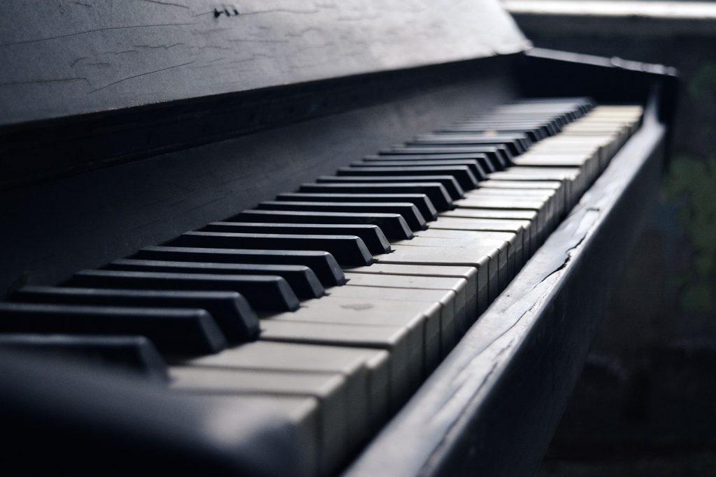 Pianino w jednym z mieszkań w Prypeci. Fot. Karolina Prusińska