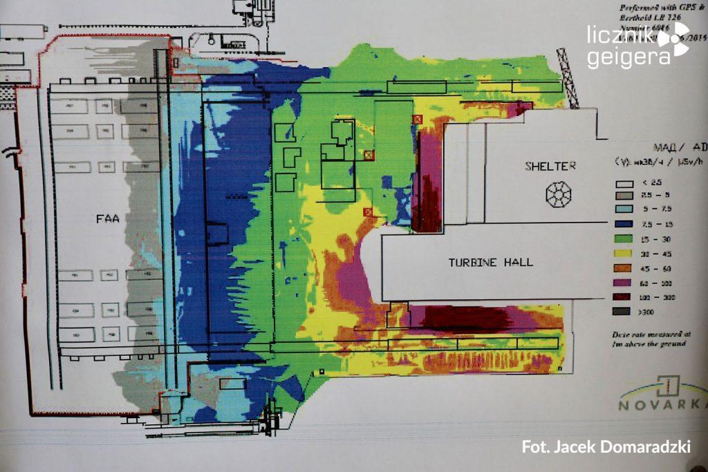Wykres sytuacji radiacyjnej w rejonie pierwszego sarkofagu. Fot. Jacek Domaradzki