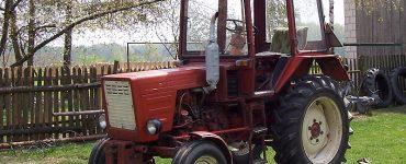 Traktor Władimiriec T-25. Fot. Sigman / domena publiczna